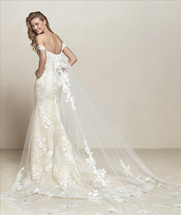Pronovias DRIA Wedding Dress with Cape sample sale