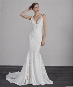 Pronovias ENYA Mermaid weddin gown sample sale