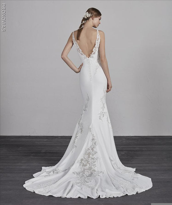 Pronovias Enya mermaid embroidery sample sale