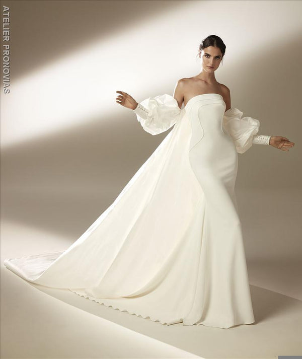 Mermaid wedding dress with strapless neckline and open back in crepe 2021