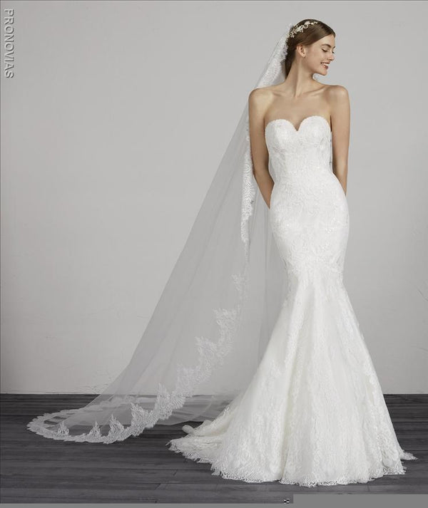 Pronovias MAIKA lace straplass coset sample sale