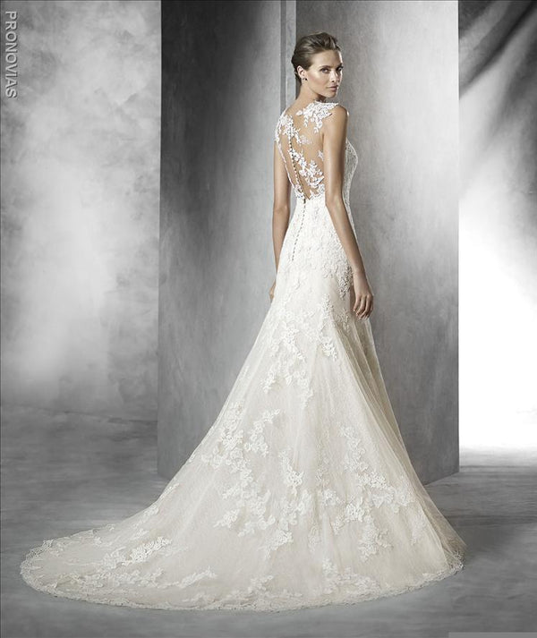 Pronovias Pladie Illusion neckline mermaid trumpet wedding dress with lace sample sale