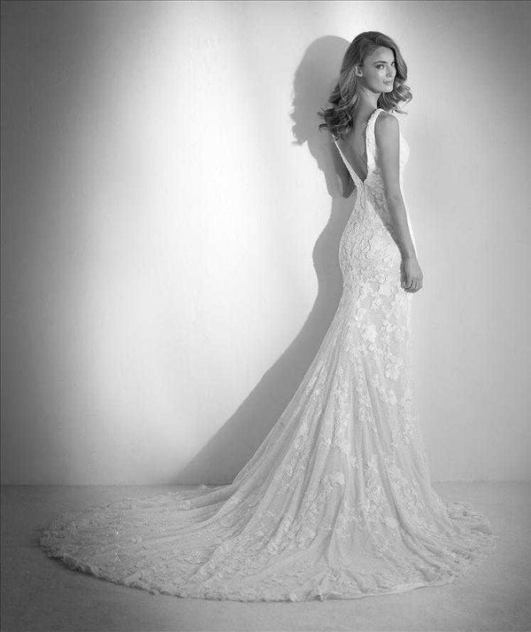 Rubor   sample sale Pronovias