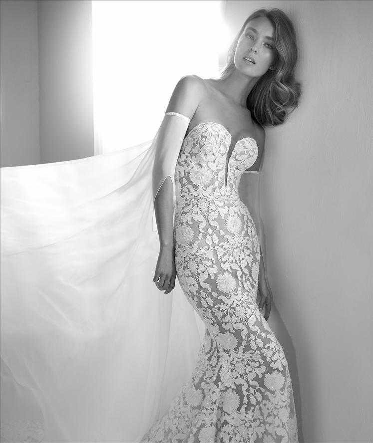 Runis Dress Deep V-neck Pronovias Sale