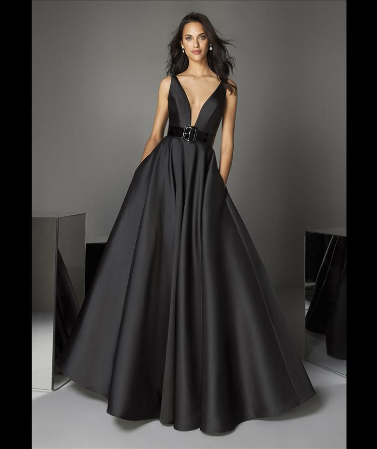 Pronovias TE Style 91 Black Ball gown deep V-Neck