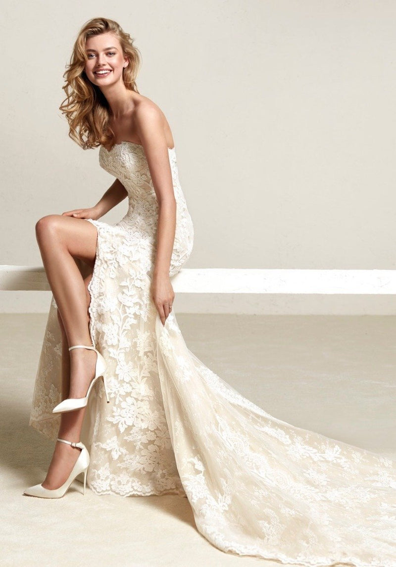 pronovias-driate-lace-embroidered-mermaid-wedding-dress-with-slit