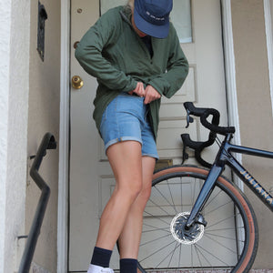 Women's V2 Jorts in Light Wash