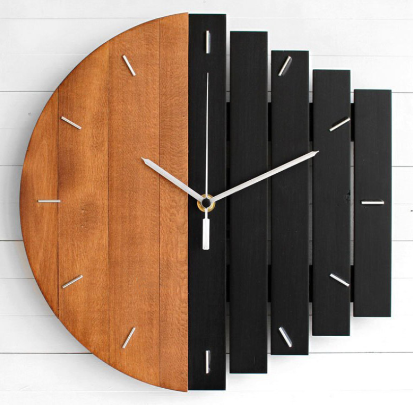 Simple geometry wall clock