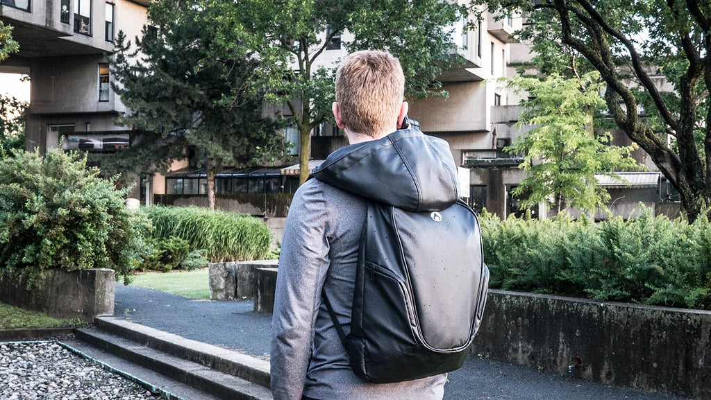 Aeer Urban Active Black Backpack lifestyle 01