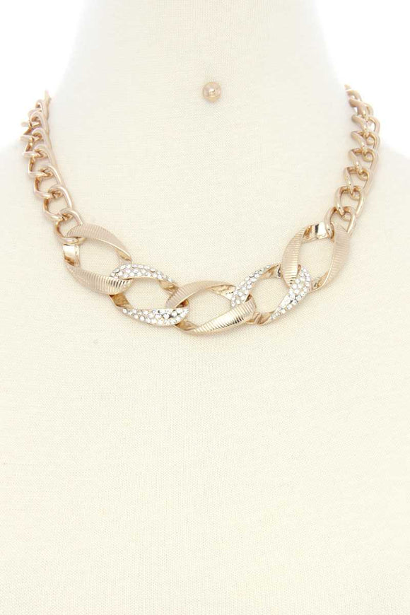 Linked-Up Necklace