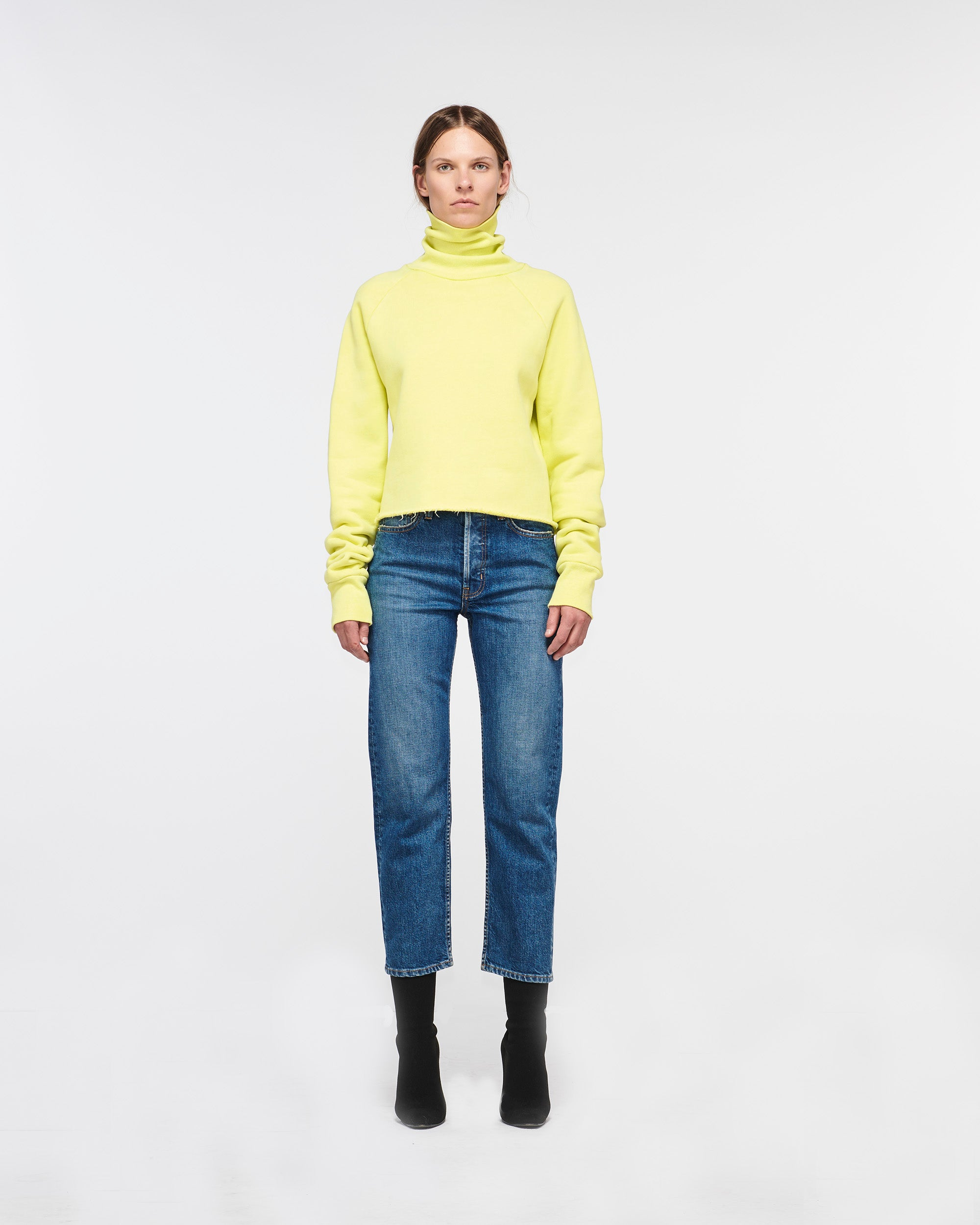 Rodeo Cropped Turtle Neck Sweater Lemon