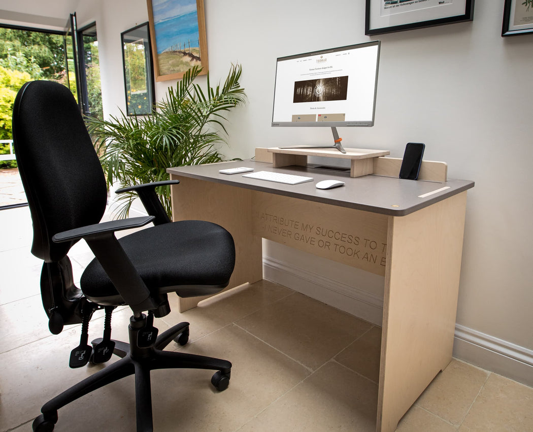 TORMAR Home office bundle - The Flo desk, Re-Act chair and Mona monitor stand