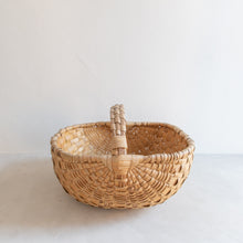 Load image into Gallery viewer, Vintage picking basket - Antoine
