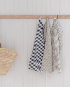 Tea towel - black-white check