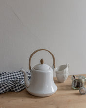 Load image into Gallery viewer, Vintage tea kettle - enamel
