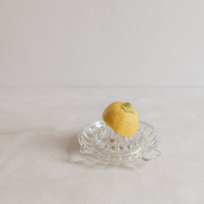 Vintage citrus juicer - glass