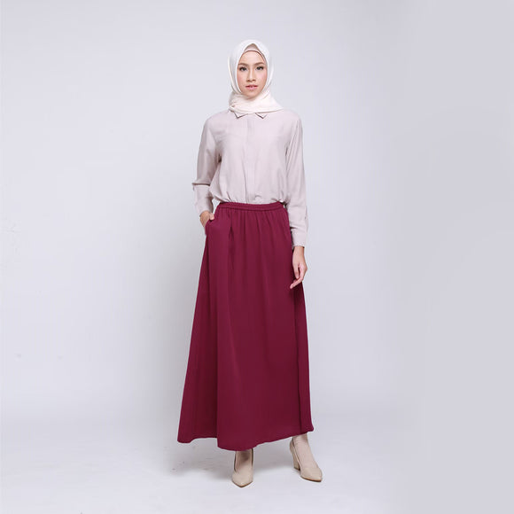 Madame Skirt Maroon