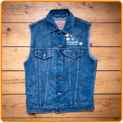 Customized Denim-Vest, 3
