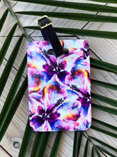 Load image into Gallery viewer, Wild Hibiscus Luggage Tag