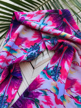 Load image into Gallery viewer, Mirror Hibiscus Infinity scarf