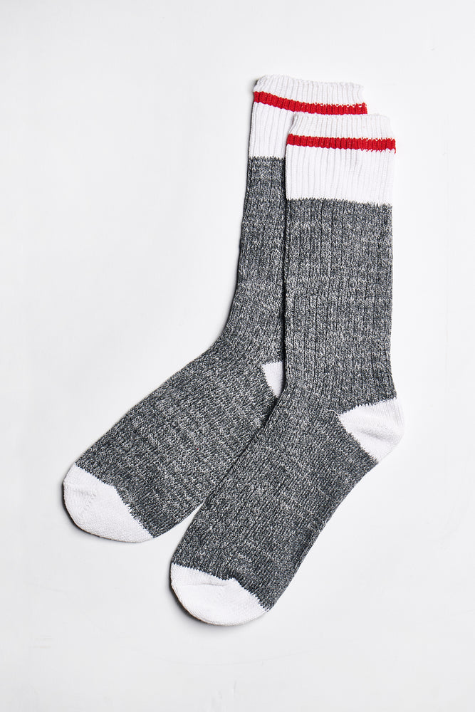 Load image into Gallery viewer, Blair Crew Socks in Grey-White - ALAMAE