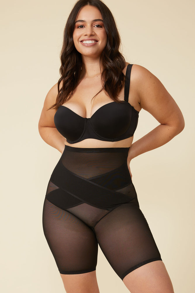 Load image into Gallery viewer, Simone Shaping Brief in Black - ALAMAE