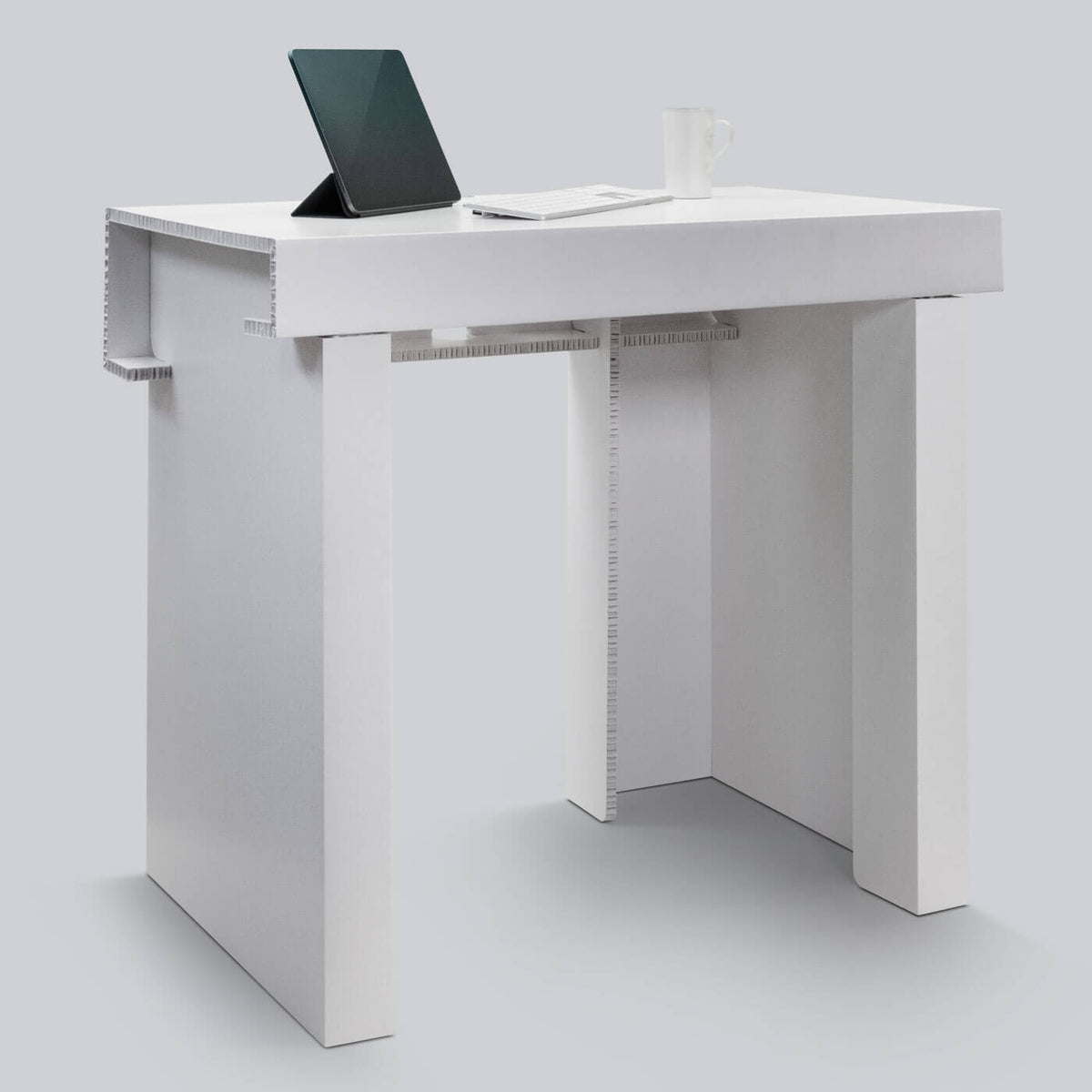 White Desk for temporary home office solutions by Dufaylite