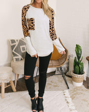 Round Neck Leopard Contrast Top