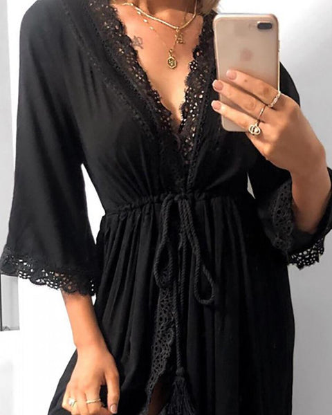Lace Insert Tie Waist V-neck Dress