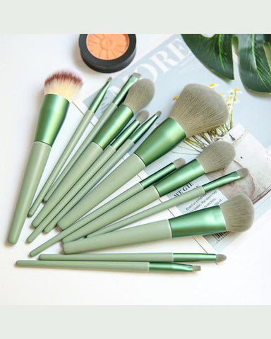 Green Soft Hair Makeup Brush Set