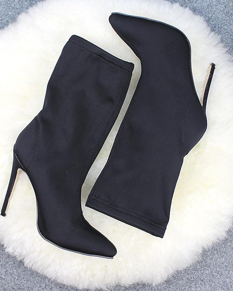 Solid Elastic Heeled Pointed Boots