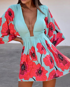 Floral Print Plunge Batwing Sleeve Dress