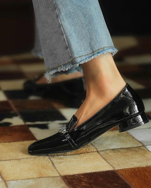 Square-toe Shiny Flat-line Loafers