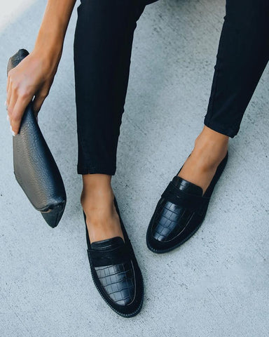 Solid Round Toe Leather Flat Loafer