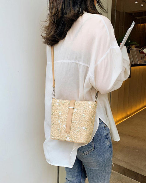 Embroidery Bucket Straw Shoulder Bag