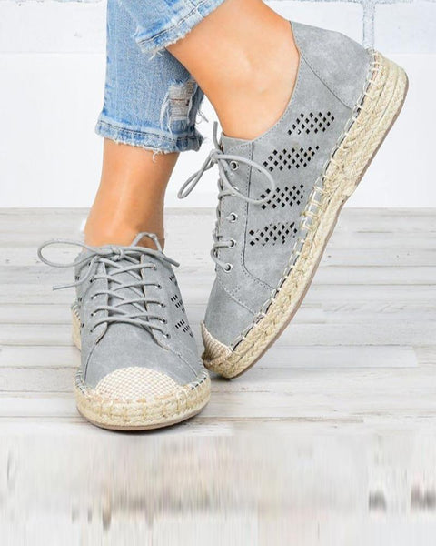 Solid Lace-up Flat Sneakers