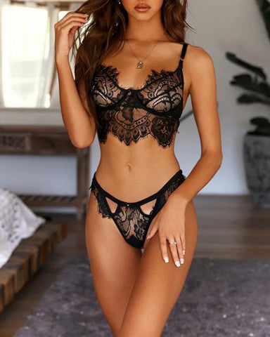 Lace Detail Bra & Panty Set