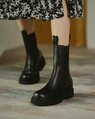 Round-toe Solid Color Smoke Tube Boots