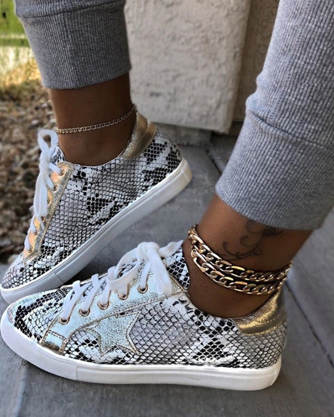 Snakeskin Star Design Lace-Up Sneakers