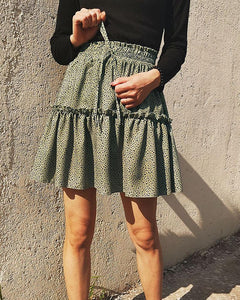 Polka Dot Pleating Mini Skirt