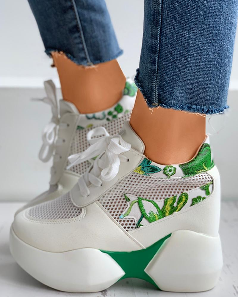 Floral Embroidery Lace-Up Breathable Sneakers