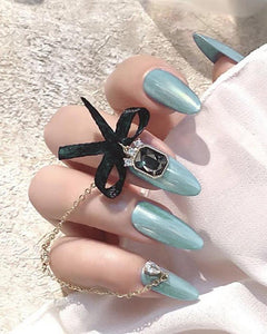 Jelly Chain Nail Tip Manicure