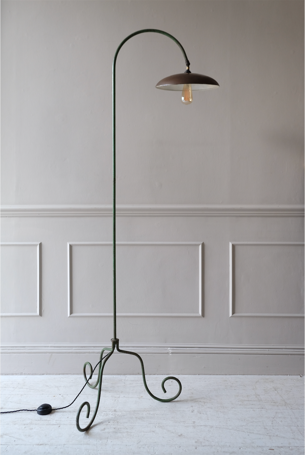Mid 20th C. Curved Floor Lamp