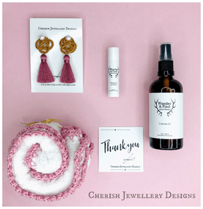 Cherish Your Face Gift Pack: Pink