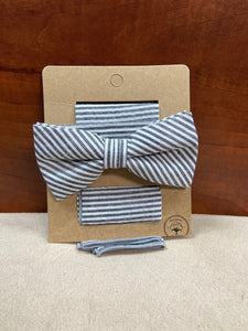 Seersucker Gray/White Striped Bow Tie with Pocket Square