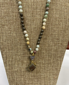 Golden Stone Lariat Necklace