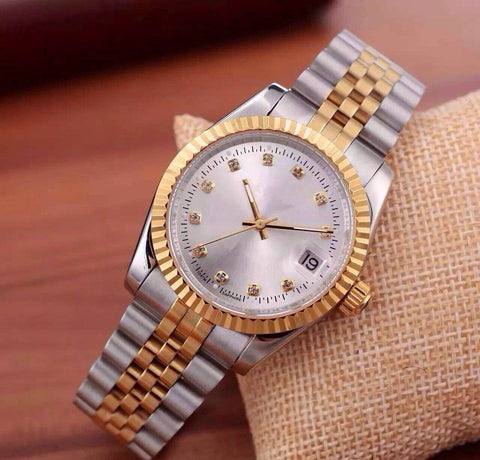 wrist watch for women with Silver Strap