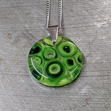Load image into Gallery viewer, Green Murrini Glass Pendant Necklace