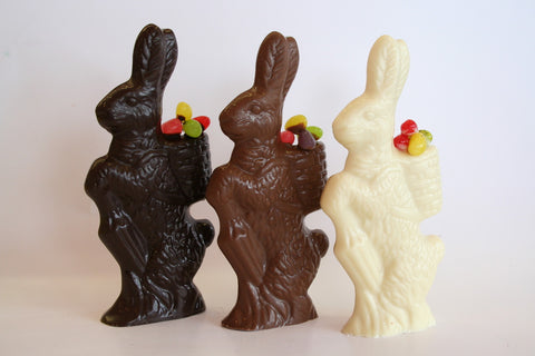 4.5 oz Solid Chocolate Bunny with a Basket