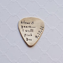 Load image into Gallery viewer, bronze 8th anniversary guitar pick
